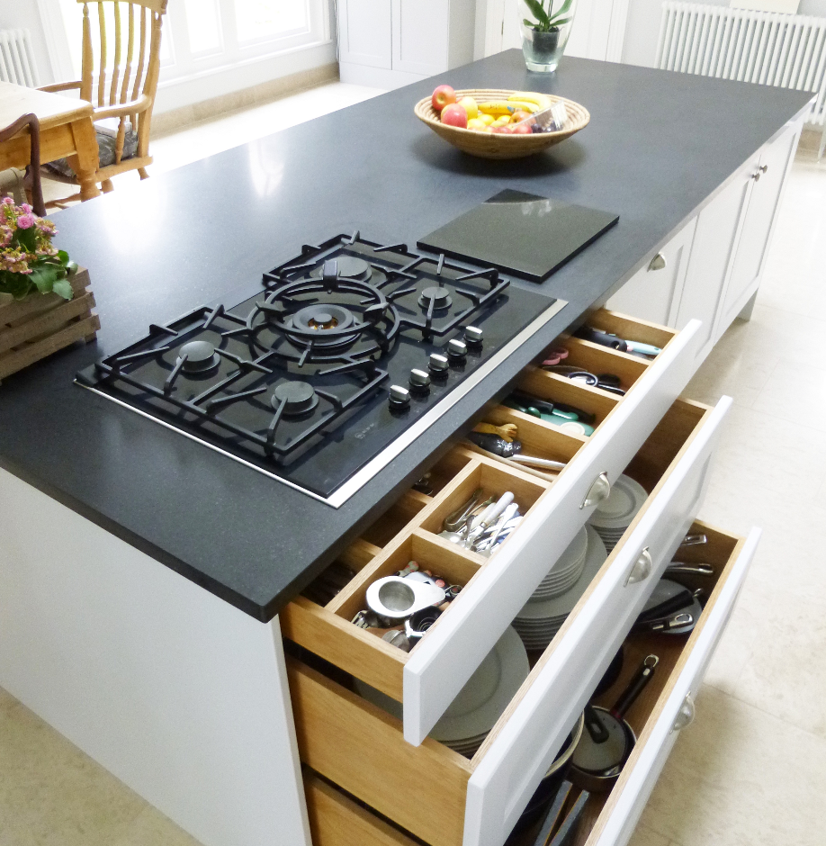 Kitchen Island Designs With Hob: Kitchen Island With Integrated Hob